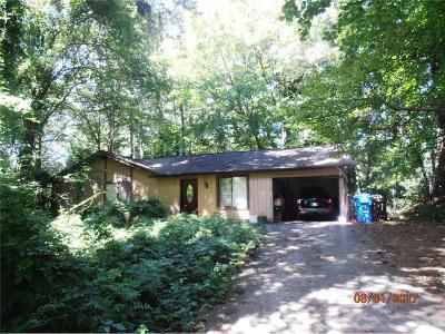 Alpharetta Single Family Home For Sale: 467 Jon Scott Drive