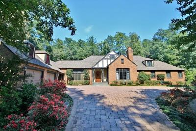 Sandy Springs Single Family Home For Sale: 5595 Cross Gate Drive