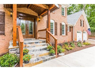 Marietta Single Family Home For Sale: 1540 Heath Lane