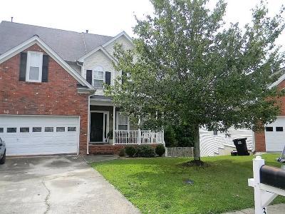 Buford Single Family Home For Sale: 3253 Bonita Way