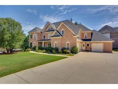 Suwanee Single Family Home For Sale: 3323 Heathchase Lane