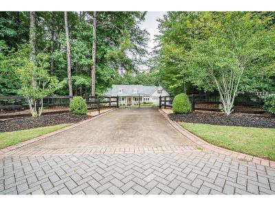 Alpharetta Single Family Home For Sale: 7718 Midway Road