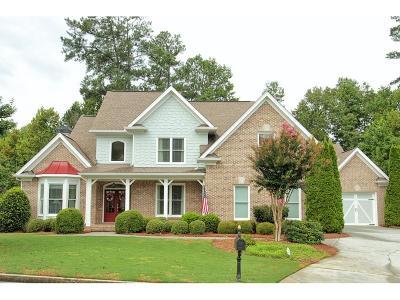 Lawrenceville Single Family Home For Sale: 2376 Lake Ridge Terrace