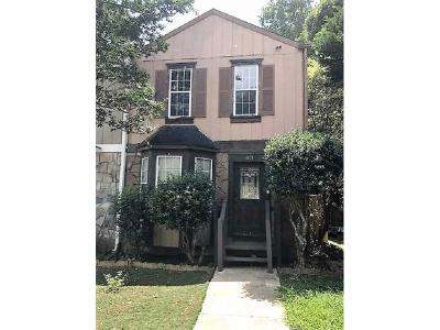 Kennesaw Condo/Townhouse For Sale: 1871 Grant Court NW