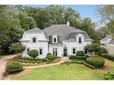 Sandy Springs Single Family Home For Sale: 580 Avignon Court