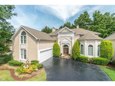 Fulton County Single Family Home For Sale: 785 Olde Clubs Drive