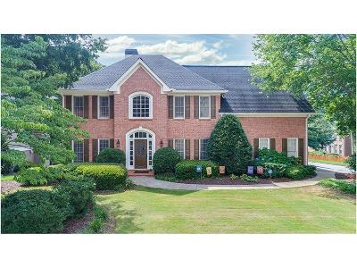 Johns Creek Single Family Home For Sale: 5620 Preserve Circle