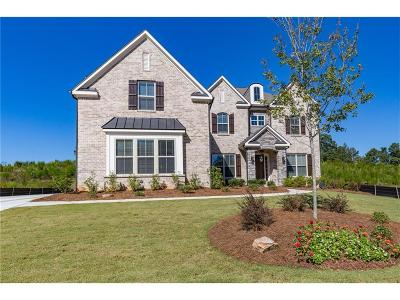 Cumming Single Family Home For Sale: 3760 Lakehurst Way