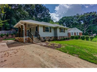 Cobb County Single Family Home For Sale: 800 Wayland Court SE