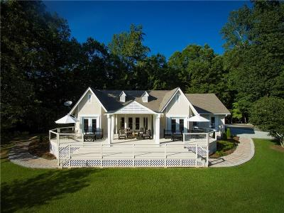 Single Family Home For Sale: 8440 Hearn Road