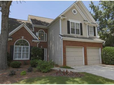 Roswell Single Family Home For Sale: 11070 Crabapple Lake Drive