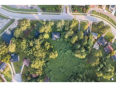 Decatur GA Single Family Home For Sale: $215,000