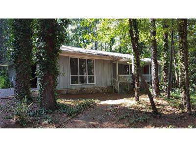 Stone Mountain GA Single Family Home For Sale: $169,000