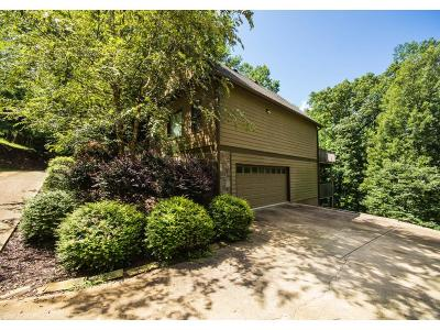 Bent Tree Single Family Home For Sale: 645 Coffee Cove Drive