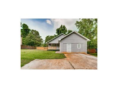Decatur GA Single Family Home For Sale: $135,000