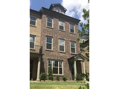 Roswell Condo/Townhouse For Sale: 10138 Windalier Way