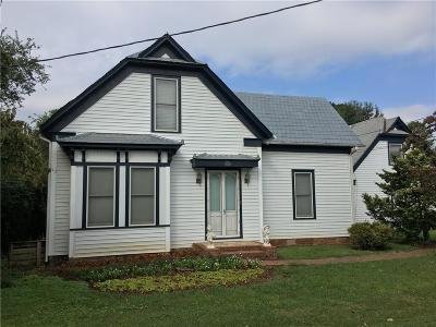Adairsville Single Family Home For Sale: 318 S Main Street