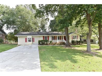Snellville Single Family Home For Sale: 3179 Larkspur Circle