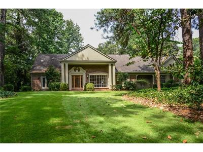 Sandy Springs Single Family Home For Sale: 3135 Spalding Drive