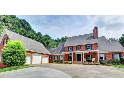 Suwanee Single Family Home For Sale: 5243 Moore Road