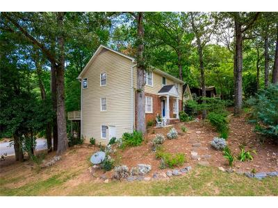 Roswell Single Family Home For Sale: 765 Lake Top Way