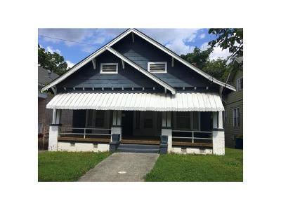 Single Family Home For Sale: 409 Arnold Street NE