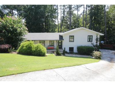 Dunwoody Single Family Home For Sale: 1525 Bend Creek Court