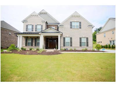 Suwanee Single Family Home For Sale: 5820 Thoroughbred Way