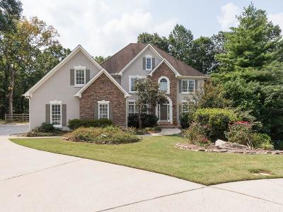 Roswell Single Family Home For Sale: 275 Settindown Court