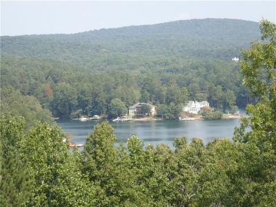 Lake Arrowhead Single Family Home For Sale: 169 Douglas Fir Drive