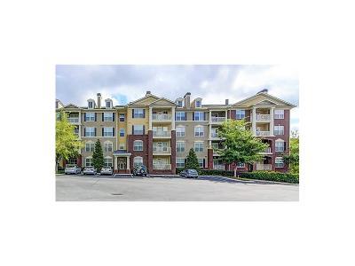 Atlanta Condo/Townhouse For Sale: 3150 Woodwalk Drive SE #3201