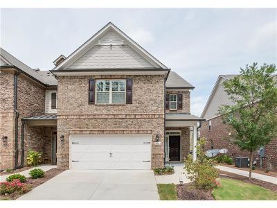 Johns Creek Condo/Townhouse For Sale: 9864 Cameron Parc Circle