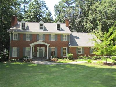 Sandy Springs Single Family Home For Sale: 8140 Tynecastle Drive