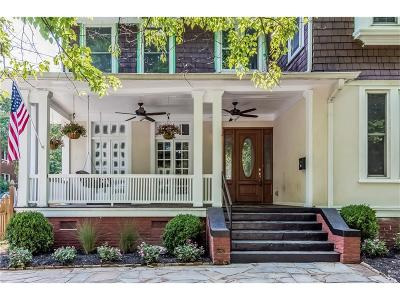 Single Family Home For Sale: 692 Myrtle Street NE