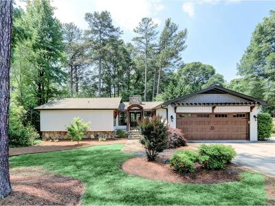 Marietta Single Family Home For Sale: 3710 Greenview Drive