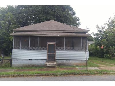 Single Family Home For Sale: 108 Vine Street SW