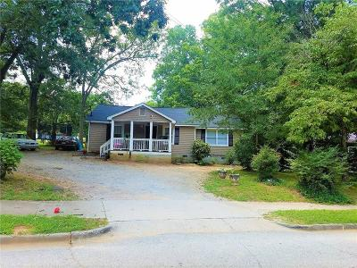 Carrollton Single Family Home For Sale: 646 Martin Luther King Jr Street