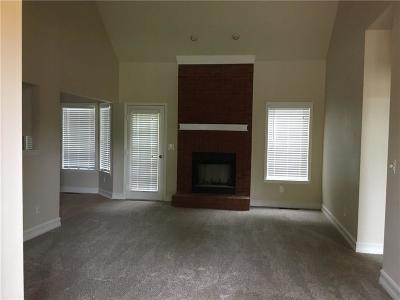 Fayetteville Single Family Home For Sale: 518 Madeline Rose Court