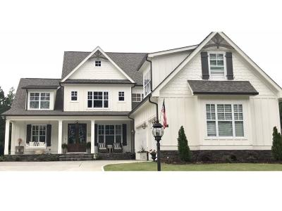 Peachtree City Single Family Home For Sale: 705 Approach Drive