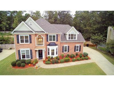 Buford Single Family Home For Sale: 3882 Golden Autumn Road