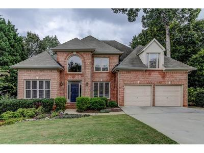 Marietta Single Family Home For Sale: 3660 Outlook Court NE