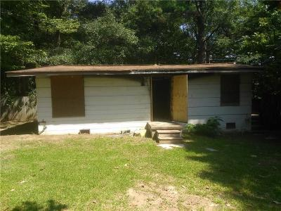 Union City Single Family Home For Sale: 6596 Gresham Street