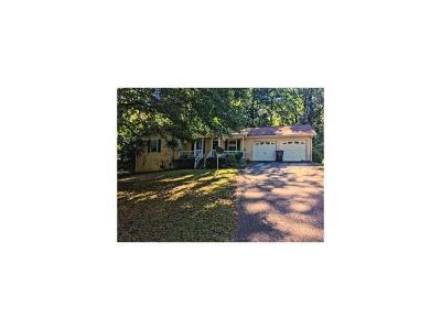 Stockbridge Single Family Home For Sale: 145 Springvalley Way