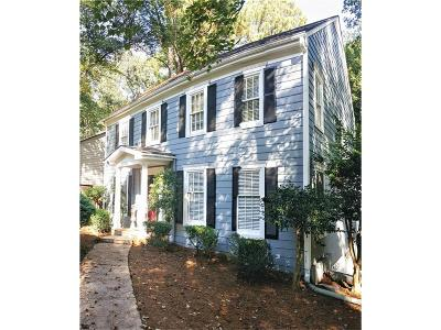 Roswell Single Family Home For Sale: 296 Laurel Lane