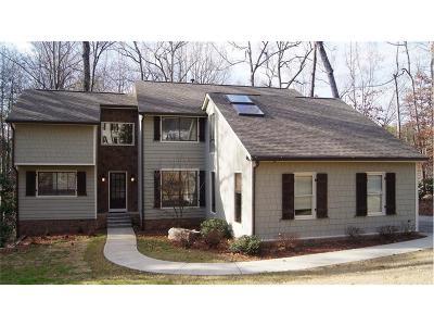 Single Family Home For Sale: 152 Shadowlake Lane