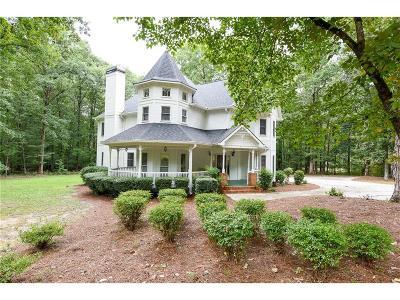 Powder Springs Single Family Home For Sale: 2330 Cross Creek Drive SW