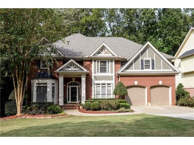 Sugar Hill Single Family Home For Sale: 6032 Thunder Woods Trail