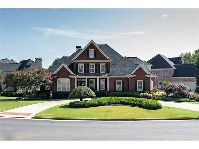 Duluth Single Family Home For Sale: 7925 Saint Marlo Fairway Drive