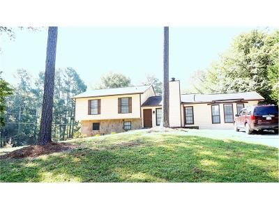 Single Family Home For Sale: 3152 Fireplace Trail