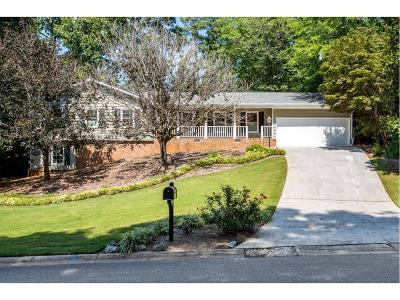 Marietta Single Family Home For Sale: 3699 Creekstone Way